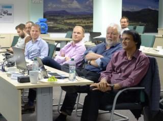 Hlavními auditory letošního assessmentu byli Ravi Kapoor a Ulrich Brück,první a druhý zprava)